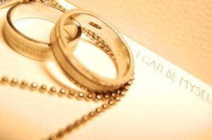 when to see a marriage counselor